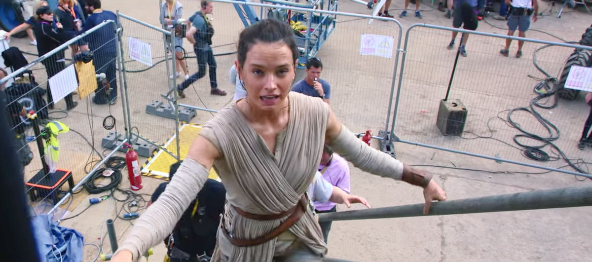 Star Wars The Force Awakens Comic Con 2015 Rey